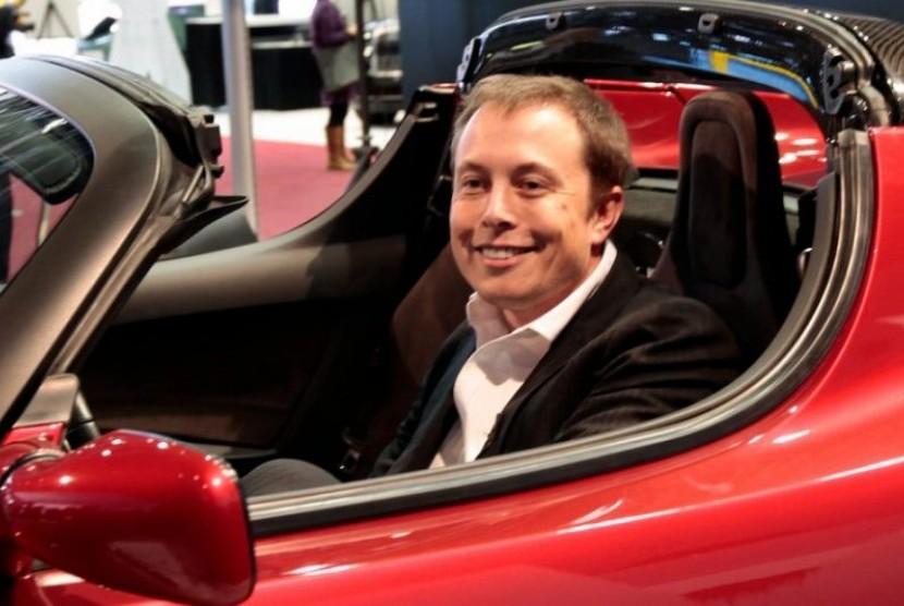 Elon Musk Luncurkan Tesla Roadster ke Mars