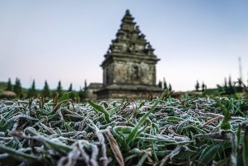Candi Arjuna, di dataran tinggi Dieng, Banjarnegara, Jawa Tengah