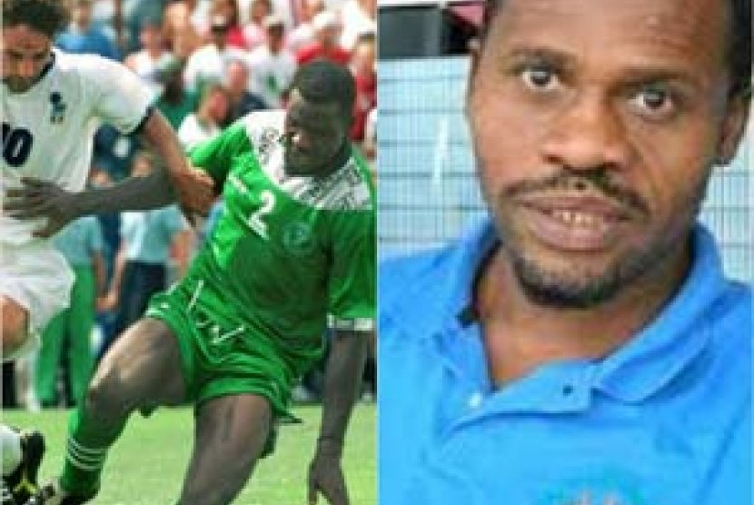 Emeka Ezeugo (46), mantan pesepakbola Nigeria yang kini menjadi mualaf.