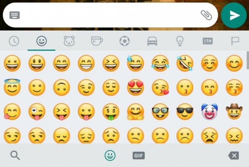 Emoji yang dirilis WhatsApp tak jauh berbeda dari yang dimiliki iPhone.
