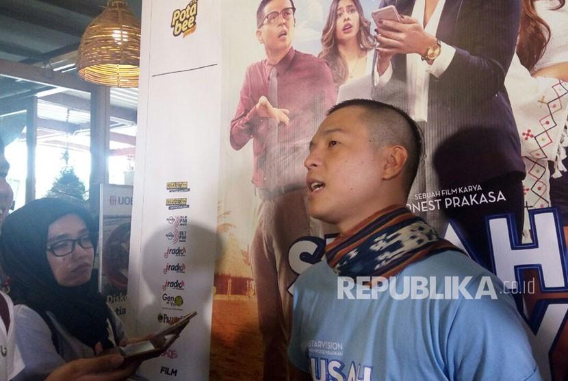 Ernest Prakasa dalam acara perilisan trailer film Susah Sinyal di Jakarta, Rabu (5/12).