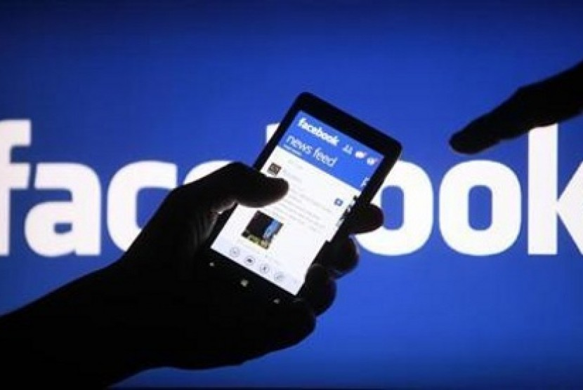 Facebook untuk smartphone (ilustrasi)