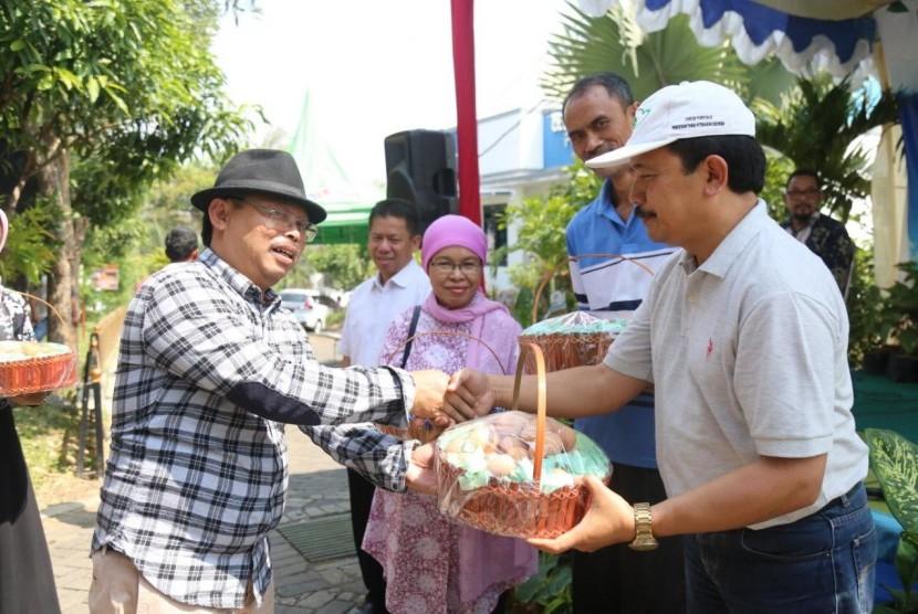 Fakultas Pertanian dan Peternakan Universitas Muhammadiyah Malang (FPP UMM) sukses mengadakan kegiatan silaturahim antargenerasi yang bertajuk Pesta Kebun FPP 2019. Acara yang diadakan pada Ahad pagi (23/6) ini dikemas dengan konsep unik dan berbeda di Laboratorium Terpadu.