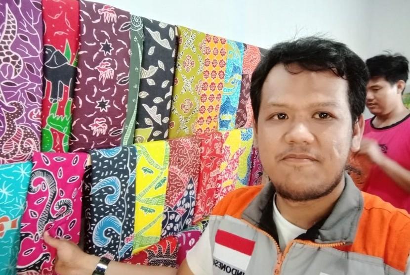 Fasilitator Rumah Zakat kunjungi pelaku UMKM batik.