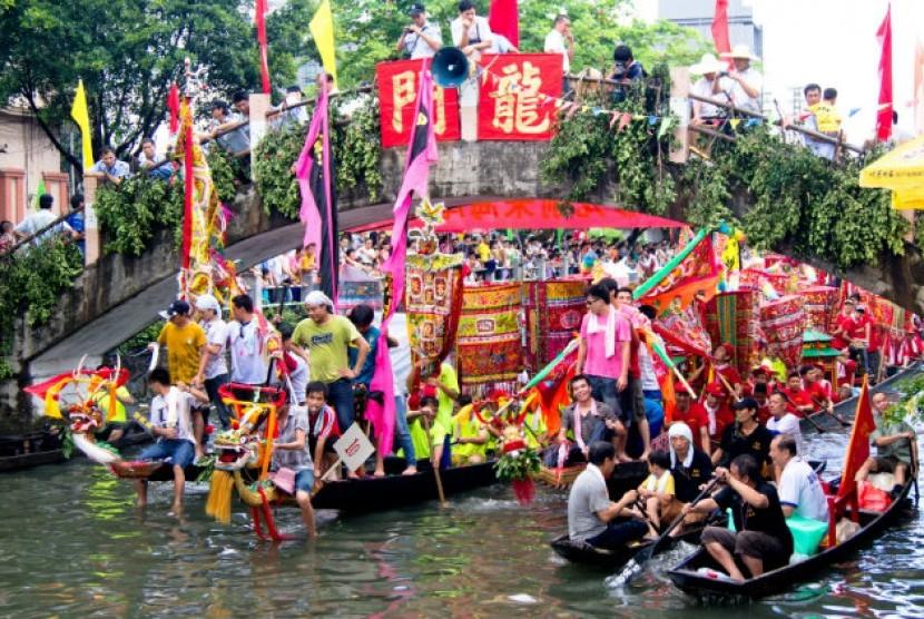 Festival Perahu Naga di Beijing, Cina.