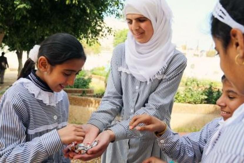 Foto anak-anak sekolah di unrwa