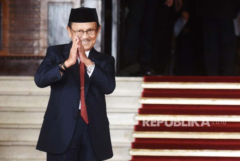 FOTO DOKUMENTASI. Mantan Presiden BJ Habibie menghadiri pembukaan Sidang Tahunan MPR Tahun 2017 di Kompleks Parlemen, Senayan, Jakarta, Rabu (16/8/2017).