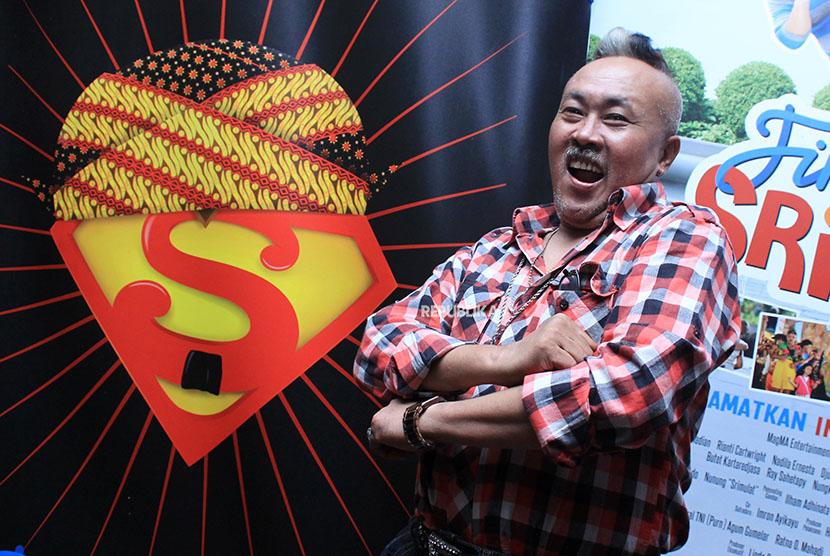 Foto dokumentasi pelawak Srimulat Gogon saat hadir dalam acara syukuran film komedi Finding Srimulat di Jakarta, Selasa (10/4/2012)