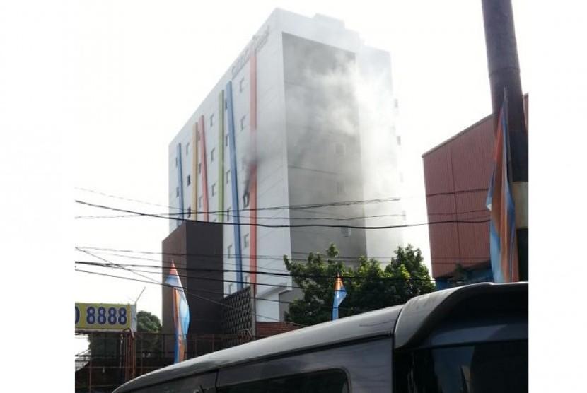 Kebakaran Terjadi Di Hotel Amaris Tebet Republika Online