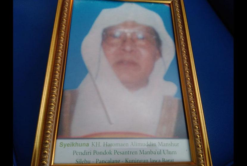 Foto KH Alimudin Manshur Pendiri Pesantren Manbaul Ulum Kuningan.