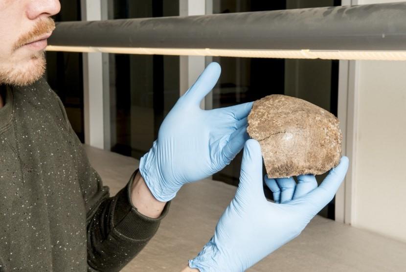 Fragmen perempuan tertua Belanda berusia 13 ribu tahun.