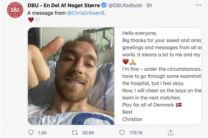 Gambar kombo yang dikeluarkan oleh DBU pada hari Selasa 15 Juni 2021 dari pemain sepak bola Denmark Christian Eriksen memberi isyarat dari ranjang rumah sakitnya dan pesan yang dia kirim untuk menyertai foto tersebut.