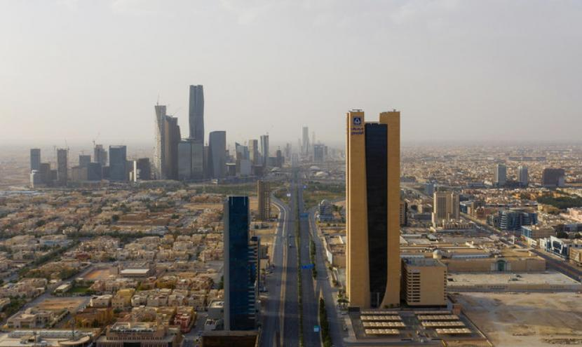 Gedung-gedung bertingkat di Riyadh, Arab Saudi.