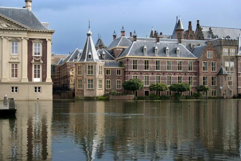 Gedung parlemen Belanda.