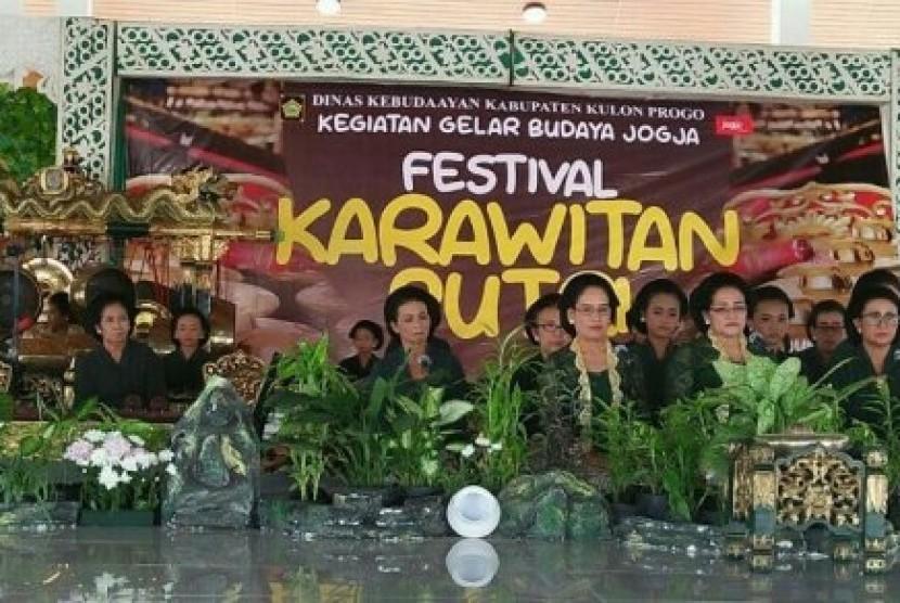 Gelaran Festival Karawitan Putri.