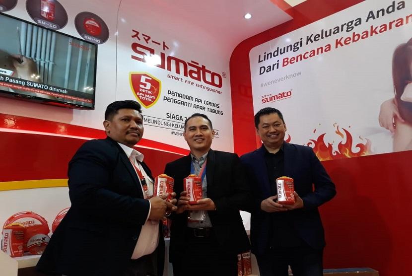 General Manager PT Sahabat Prima Sukses, Agus Djohan Chendra, menjelaskan, alat pemadam kebakaran Sumato disebut alat pemadam kebakaran cerdas, karena otomatis Sumato akan aktif setelah terkena lidah api.