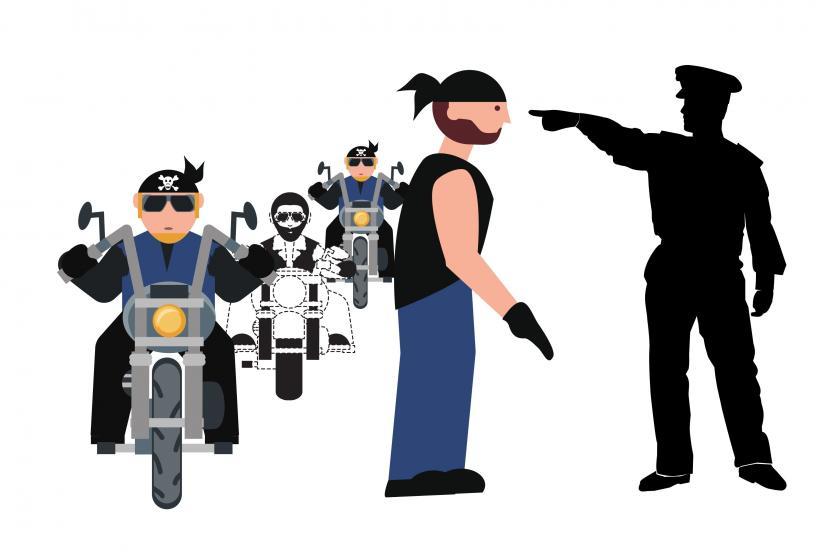 Geng motor menyerang seprang polisi di Menteng
