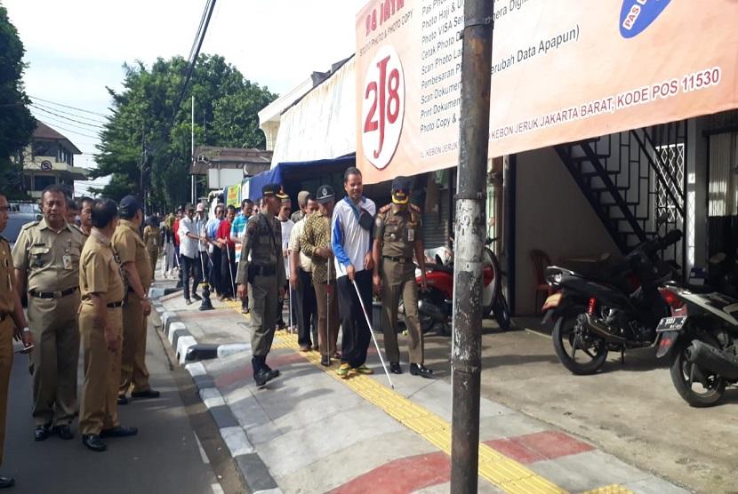Gerakan Aksesibilitas Umum Nasional (GAUN) mengadakan Kampanye Kegunaan Ubin Pemandu agar dapat tepat guna dan aman keberadaannya pekan lalu.