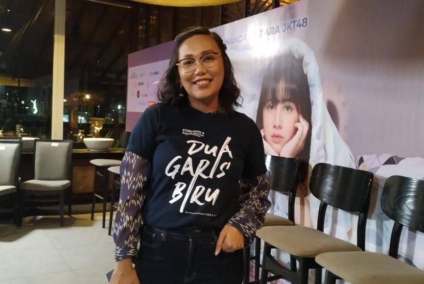 Gina S Noer, penulis sekaligus sutradara film Dua Garis Biru.