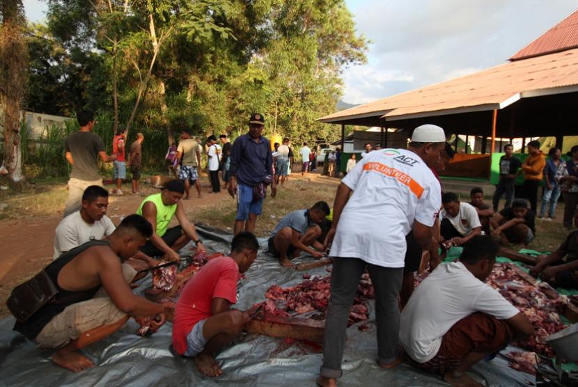 Global Qurban ACT salurkan kurban untuk penyintas gempa di ICS Gondang dan Lombok Utara.