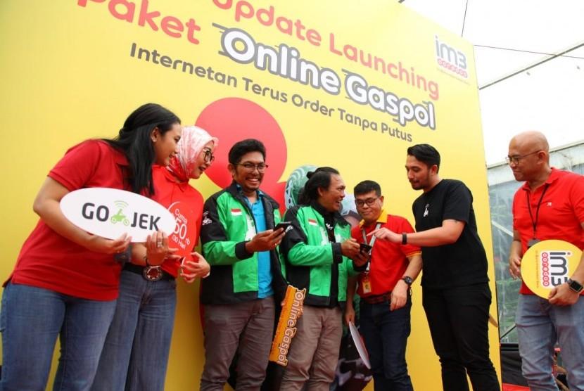 GOJEK-Indosat Ooredoo IM3 jalin kerja sama luncurkan paket internet lengkap khusus pengemudi GOJEK, Selasa (12/2).