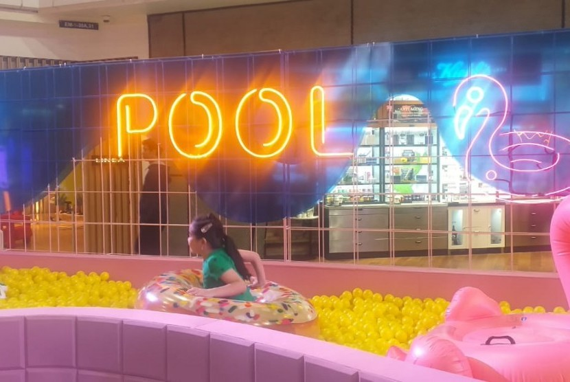 Grand Indonesia Summer Pool