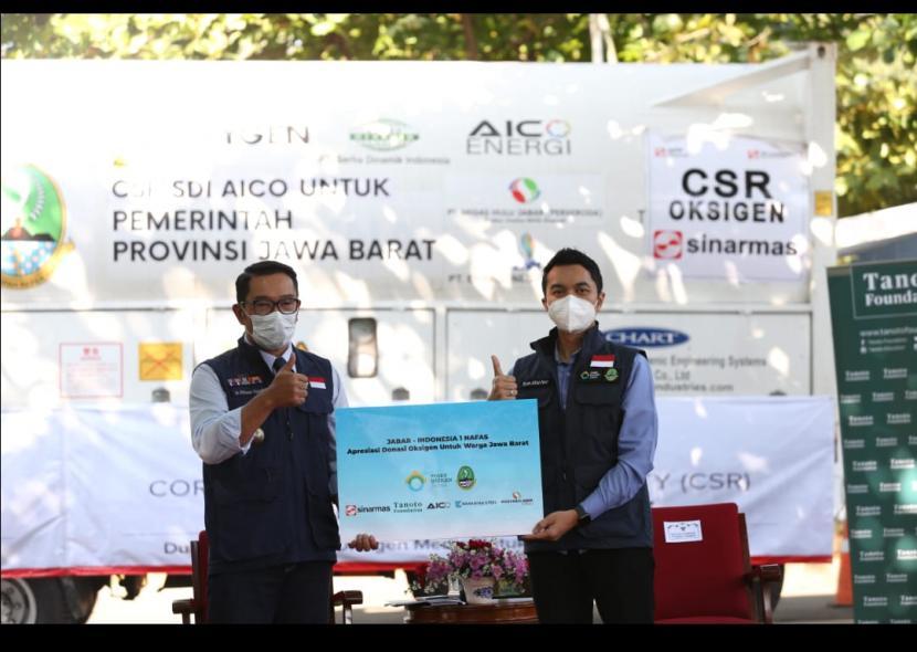 Gubenur Jabar Ridwan Kamil mengatakan, oksigen cair tersebut jika di konversikan akan menjadi ribuan tabung gas oksigen.