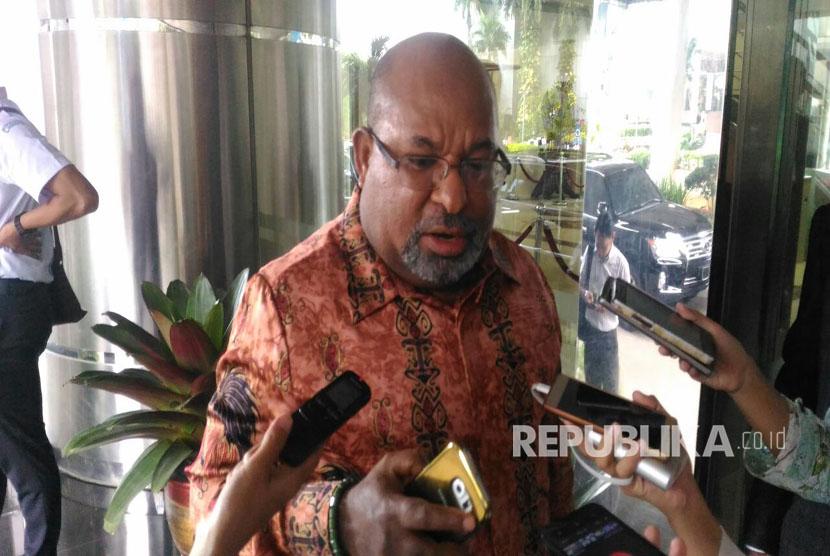 Gubernur Papua, Lukas Enembe