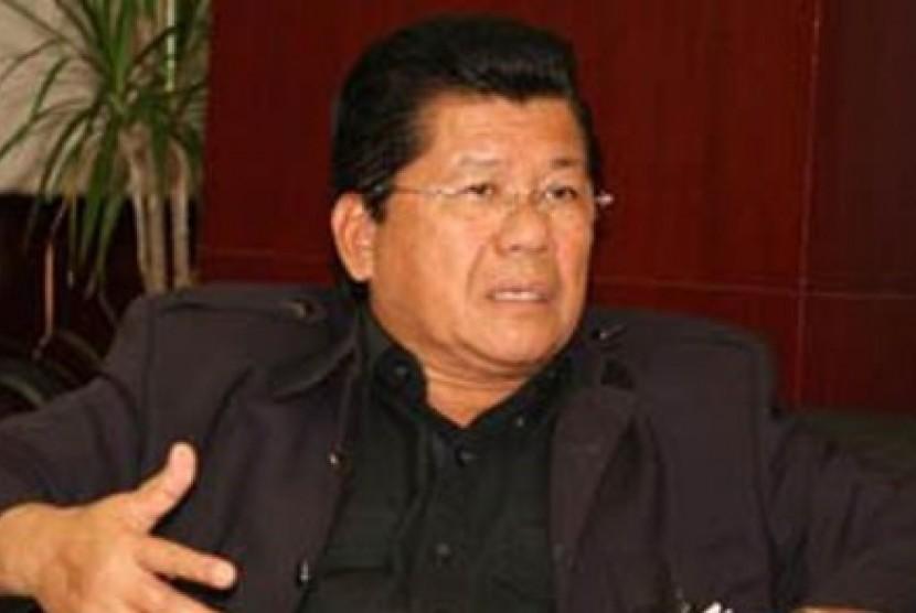 Gubernur Sulawesi Barat, Anwar Adnan Saleh