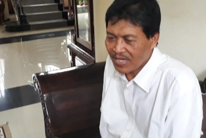 Guru Besar UIN Malang, Profesor Mudjia Rahardjo mengungkapkan, kejanggalan pemilihan rektor pada 2017 lalu di kediamannya, Kota Malang, Rabu sore (20/3).