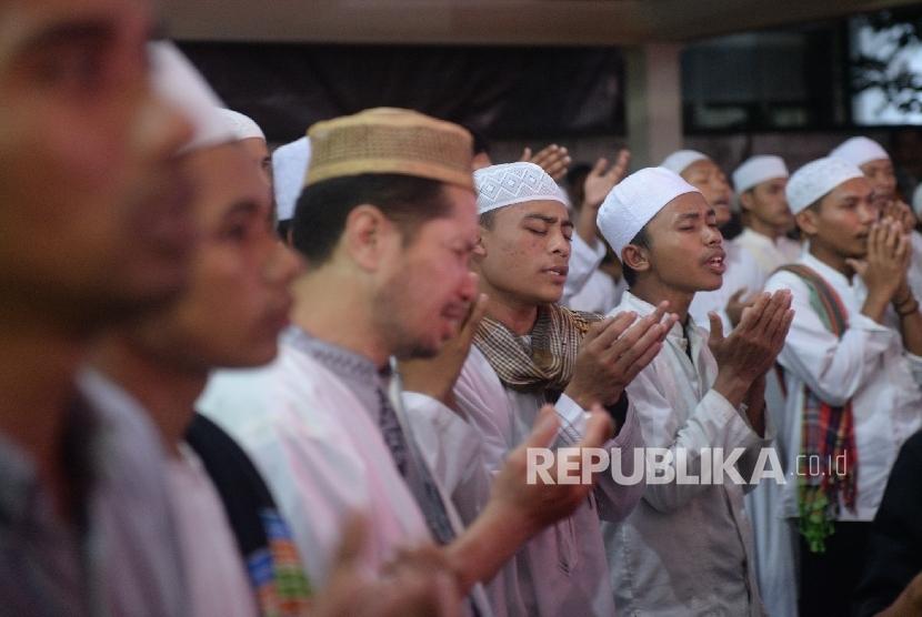 Gusdurian menghadiri Haul Gus Dur ke-7 di Jakarta, Jumat (23/12). Pada Haul ke-7 Gus Dur ini mengangkat tema Menebar Damai Menuai Rahmat.