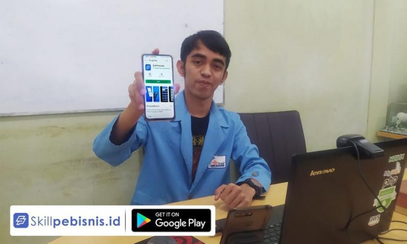 Hamdan, mahasiswa  Pascasarjana (S2) Universitas Nusa Mandiri (UNM) menciptakan aplikasi startup khusus UMKM yang diberinama Sklilpebisnis.id.