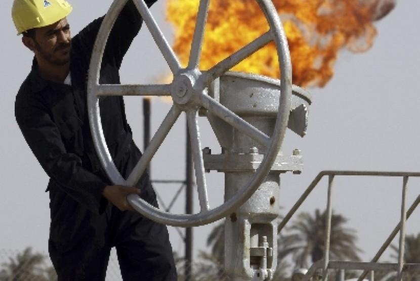 Harga minyak dunia terendah dalam enam tahun terakhir.