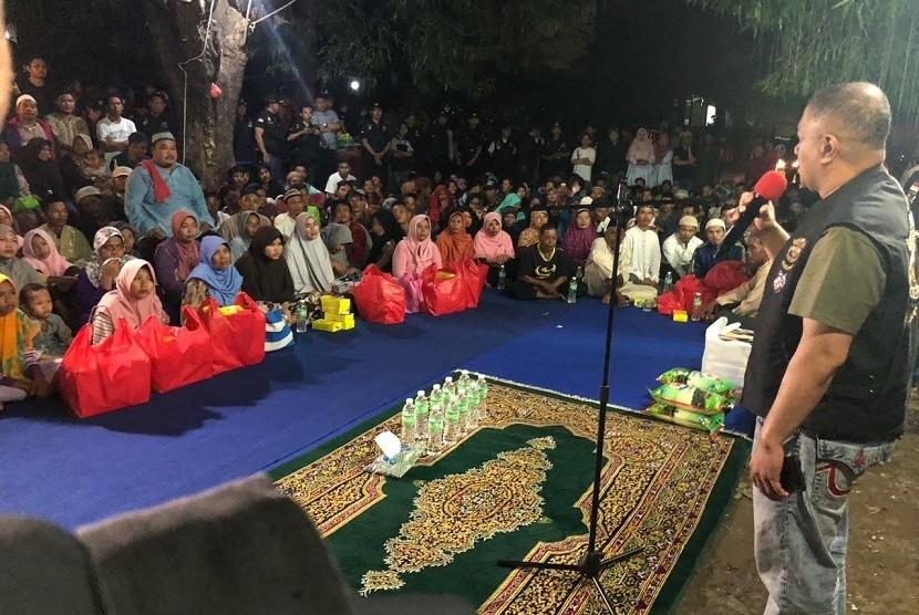 Harley Davidson Club Indonesia (HDCI) Jakarta Pusat menggelar kegiatan sosial berupa sahur bersama dan memberikan santunan bagi kaum dhuafa