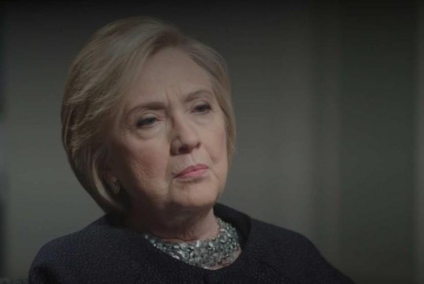 Hillary Clinton dalam wawancara dengan program Four Corners ABC Australia menuding pendiri WikiLeaks Julian Assange telah kehilangan kredibilitas