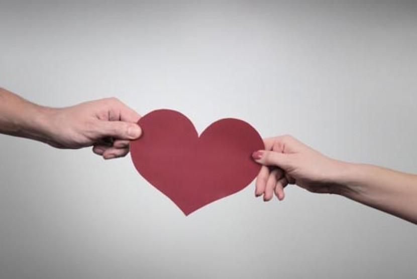 Bila Suami Istri Hidup Berjauhan Republika Online