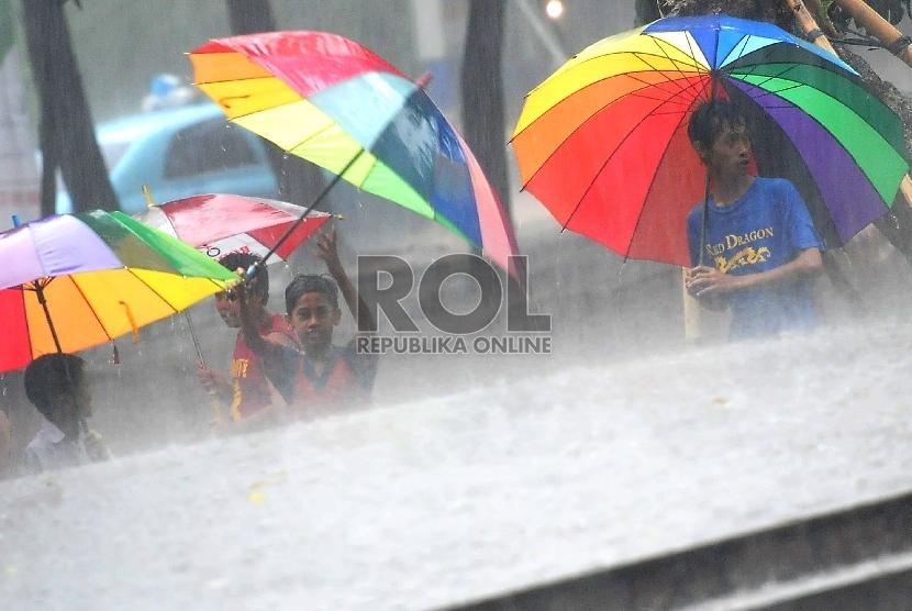 Hujan  (ilustrasi).