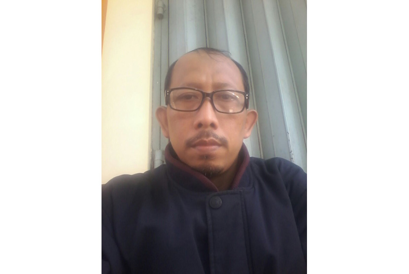 Husain Yatmono