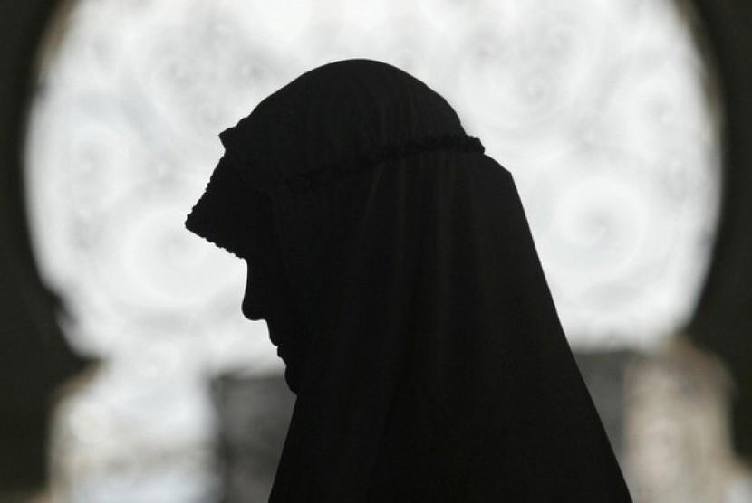 Tokoh Sufi Fatimah An Nishaburiya Memilih Jalan Spiritual