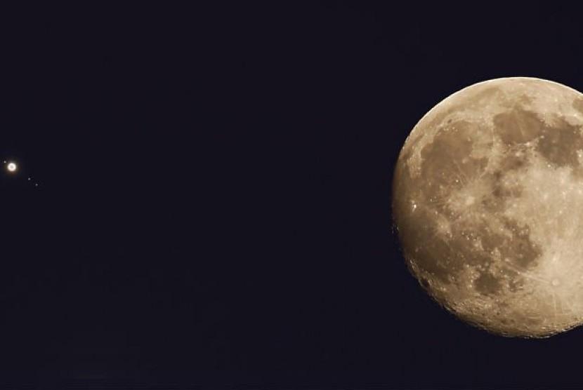 Ilustrasi gerhana bulan penumbra.