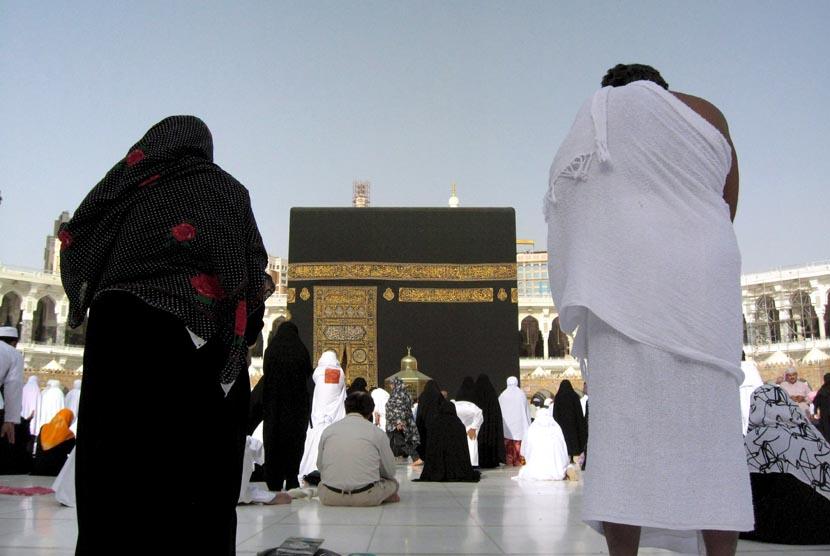 Arab Saudi memberlakukan batas maksimal usia jamaah umroh. Ilustrasi Ibadah umroh