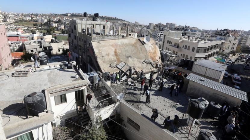 パレスチナは、西岸の併合を非難する国連決議を提案提出する
