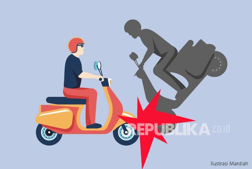 Kecelakaan sepeda motor menabrak pengendara dari arah berlawanan.