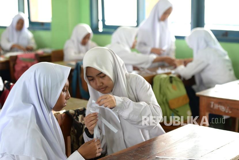 Madrasah di Bandung Siap Jelang Belajar Tatap Muka. Foto:   Ilustrasi Siswa Madrasah