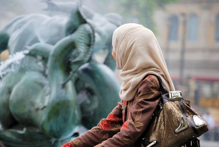 Wanita Muslim Pertama yang akan Injak Kaki di K2. Foto:   Ilustrasi Muslimah