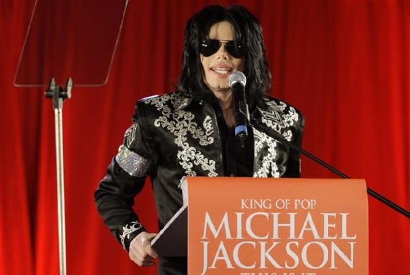Michael Jackson dalam foto yang diambil pada 5 Maret 2009.