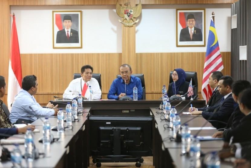 Indonesia-Malaysia Youth Exchange.