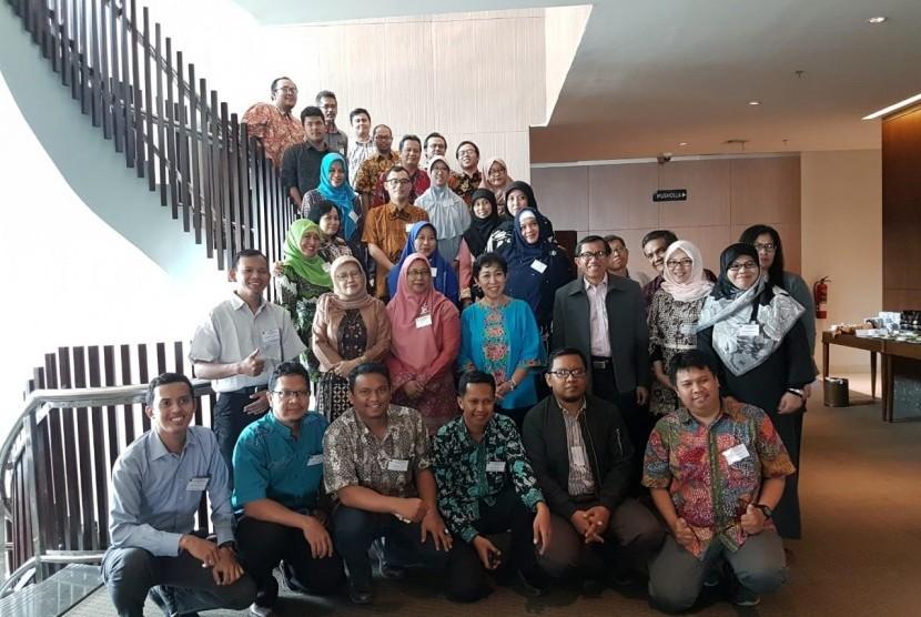 Institut Pertanian Biogor (IPB) memperkuat pembelajaran virtual.