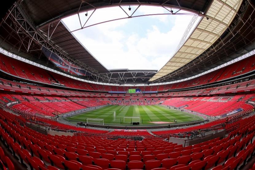 Interior Stadion Wembley. UEFA pada Kamis (7/12) waktu Eropa mengonfirmasi Wembley akan menjadi tuan rumah tujuh pertandingan dari turnamen sepak bola UEFA EURO 2020, termasuk semifinal dan final.