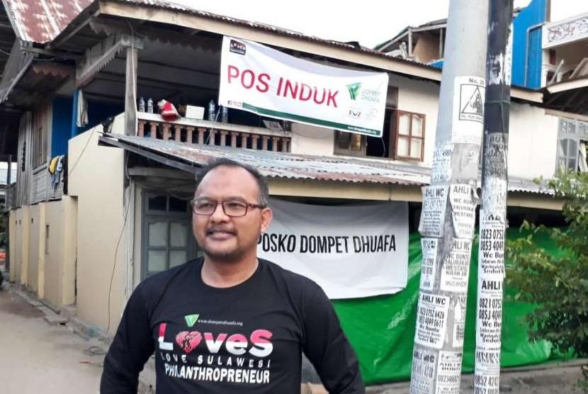 irektur Utama Dompet Dhuafa Filantropi, drg. Imam Rulyawan di Pos Induk Dompet Dhuafa, Kota Palu, Sulawesi Tengah, Sabtu (6/10).